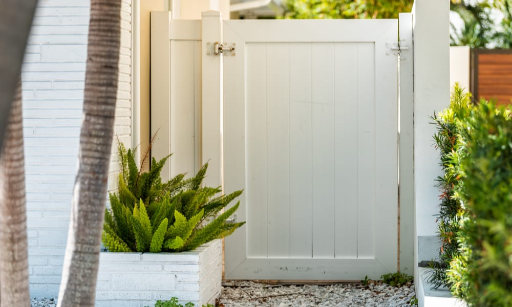8 Easy Steps to Make a Garden Gate
