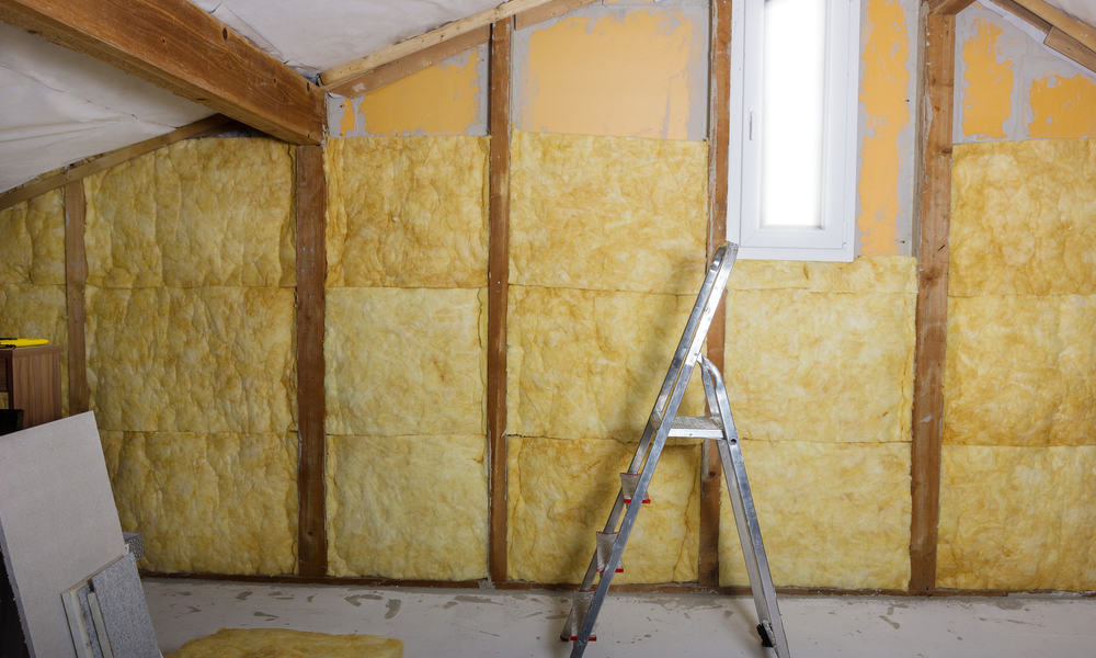 Insulate the garden shed walls