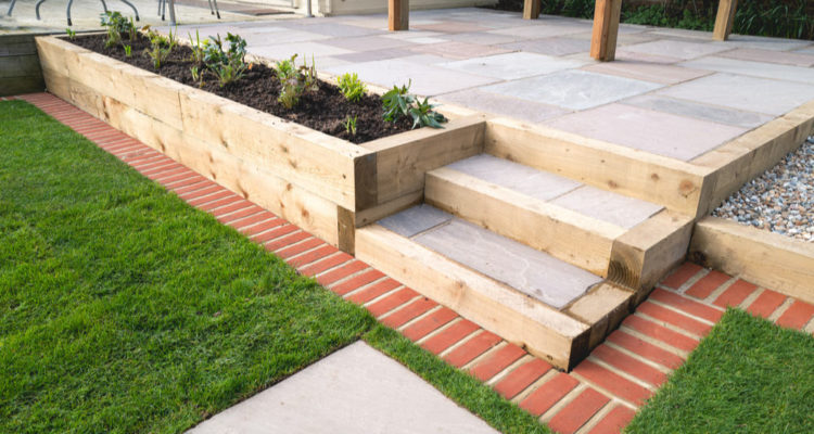 13 Easy Steps to Lay Garden Sleepers